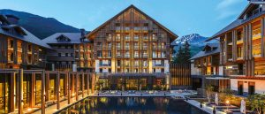 The-Chedi-Andermatt-The-Courtyard-Dining
