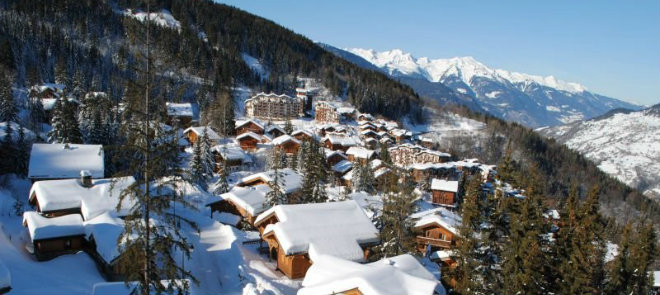 FR La Tania village in winter © Aufrère Lorène 660x295